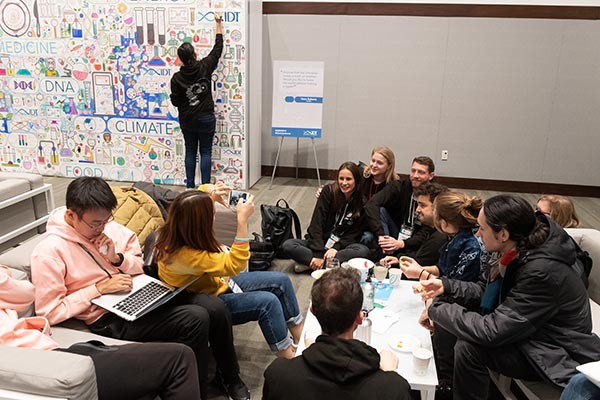 iGem 2019: color wall at the IDT lounge